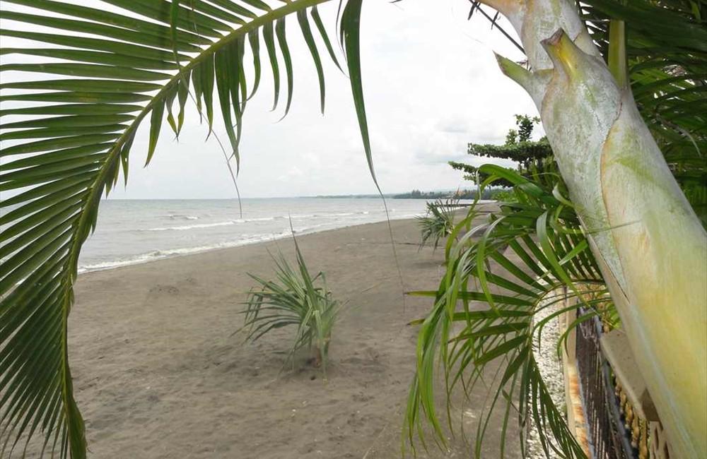 05-Beach