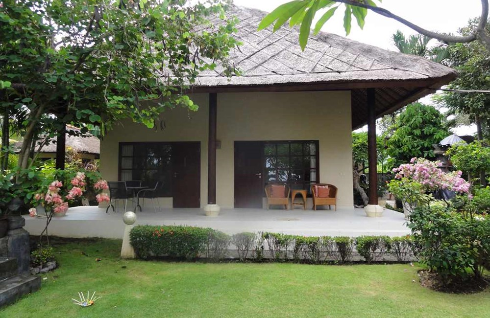 12-Bungalow-Terrace
